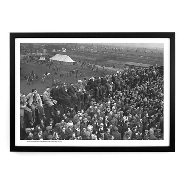 A392 Hull City v Manchester United Crowds 1949 A3 Framed Art Print