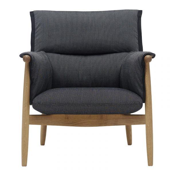 Carl Hansen E015 Embrace Lounge Chair Oak