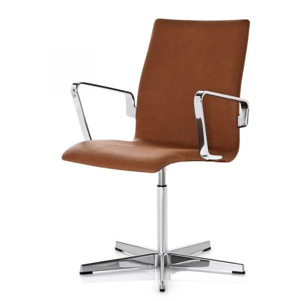Fritz Hansen 3271C Oxford Classic Chair Low Back