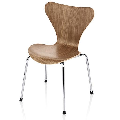 Fritz Hansen 3177 Series 7 Child's Chair Wood Veneer
