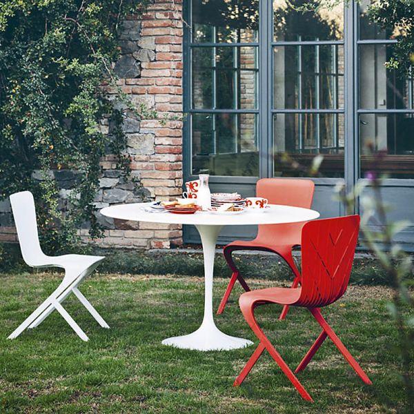 Knoll Saarinen Outdoor Round Dining Table 107cm