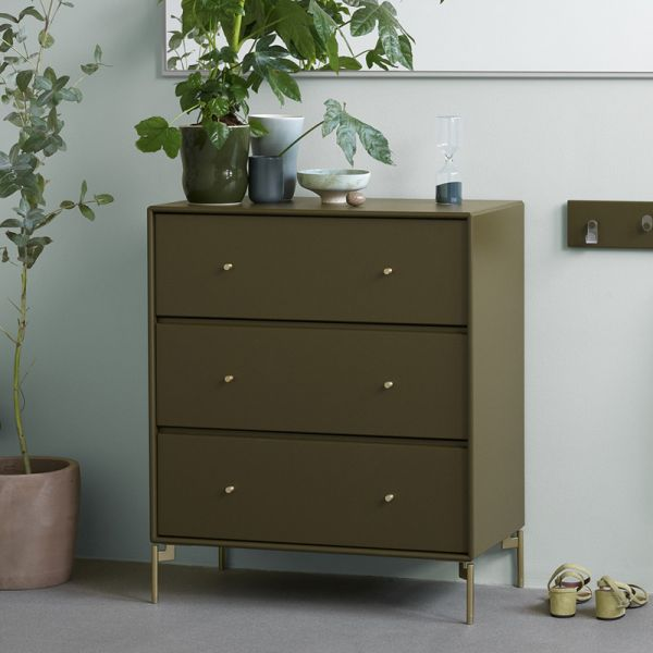 Montana Selection Carry Chest Of Drawers
