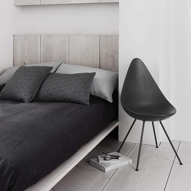 fritz hansen 3110 drop chair plastic. Black Bedroom Furniture Sets. Home Design Ideas